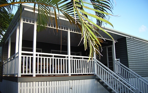 Brisbane Queenslander house builder exterior front